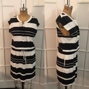 Gap black and white stripped knit summer dress L